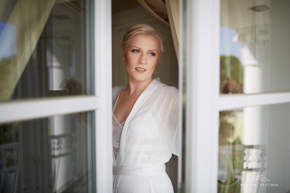 zdjęcia ślubne biały pałac niesięcin