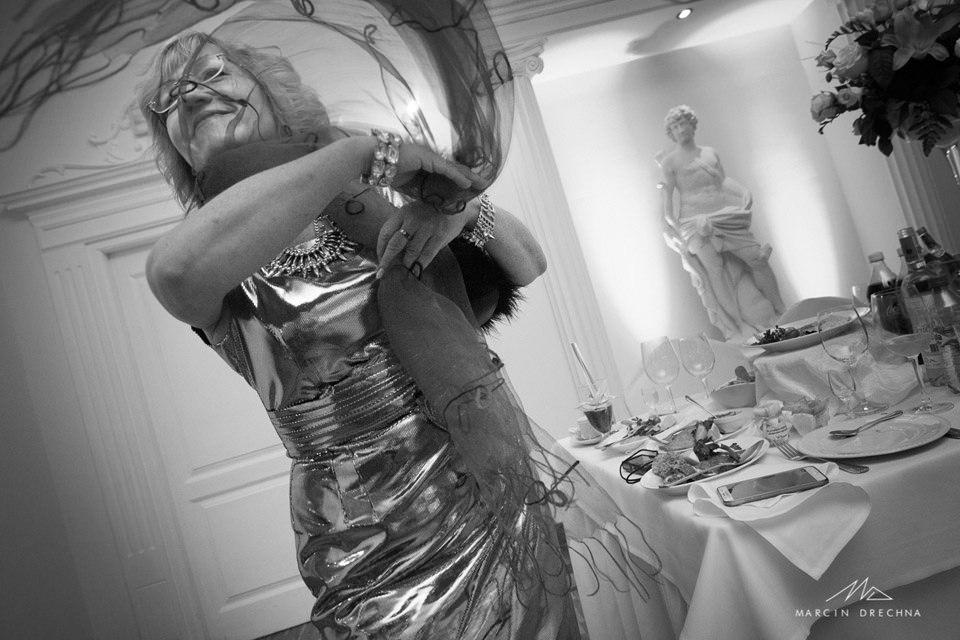 wesele w białym pałacu w niesięcinie