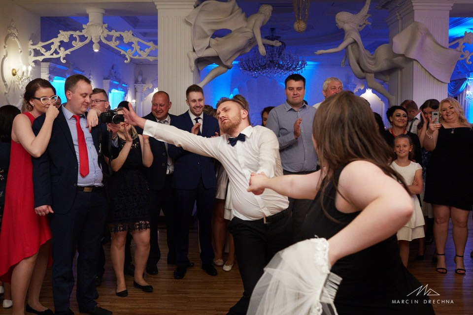 fotograf ślubny biały pałac niesięcin