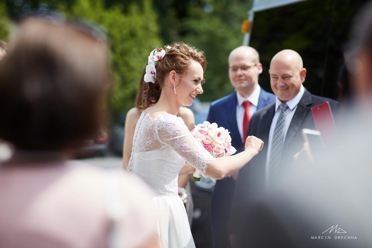 fotografia ślubna w urzędzie stanu cywilnego w pruszkowie