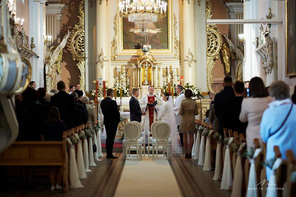 ślub kościół wolbórz