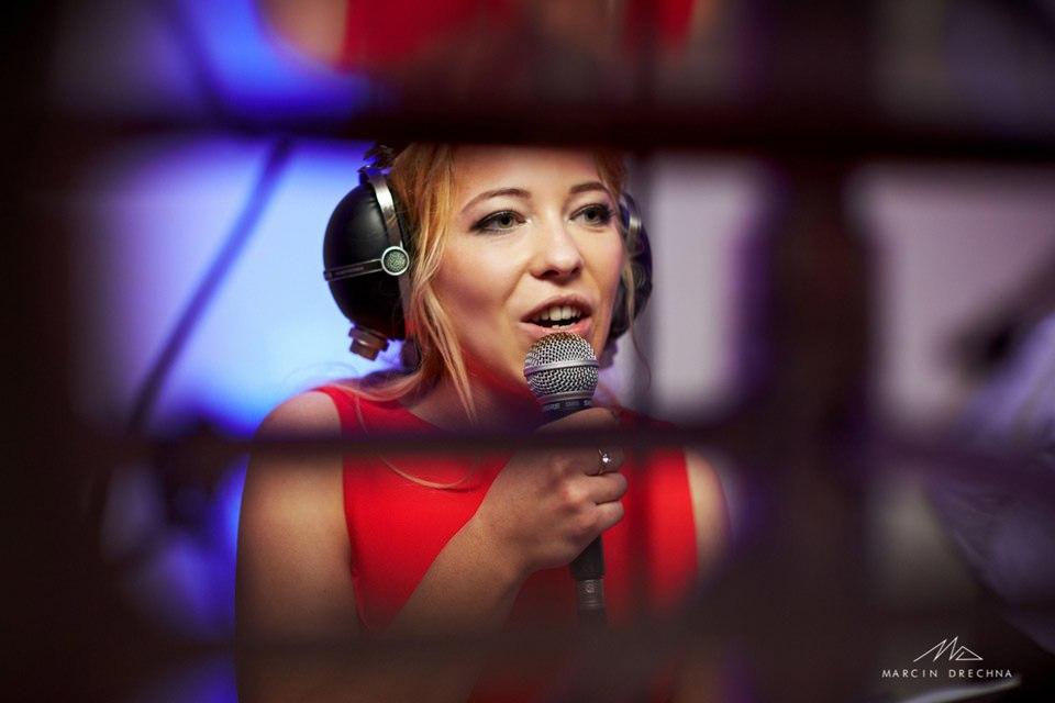 wokalistka centrum molo smardzewice