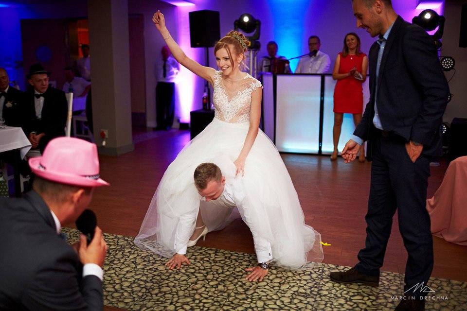 zabawa weselna w centrum molo w smardzewicach