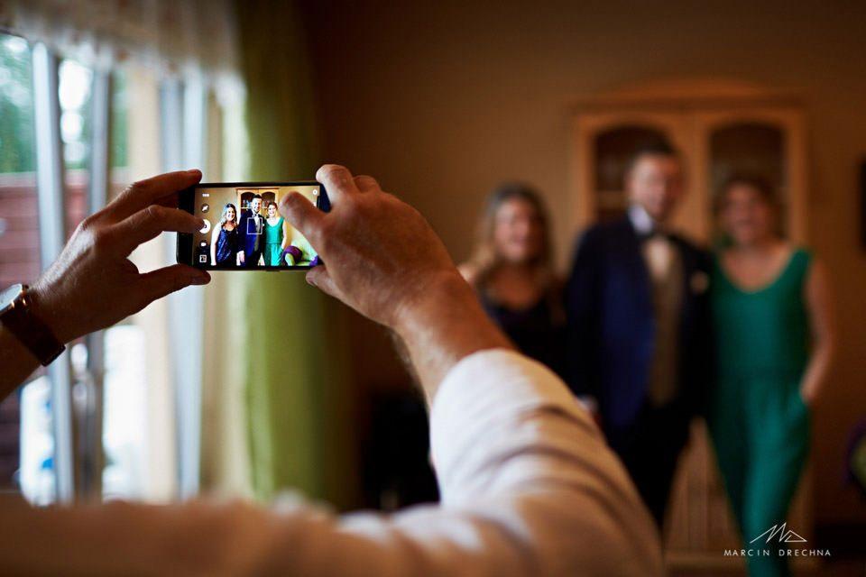 pozowanie ślubne