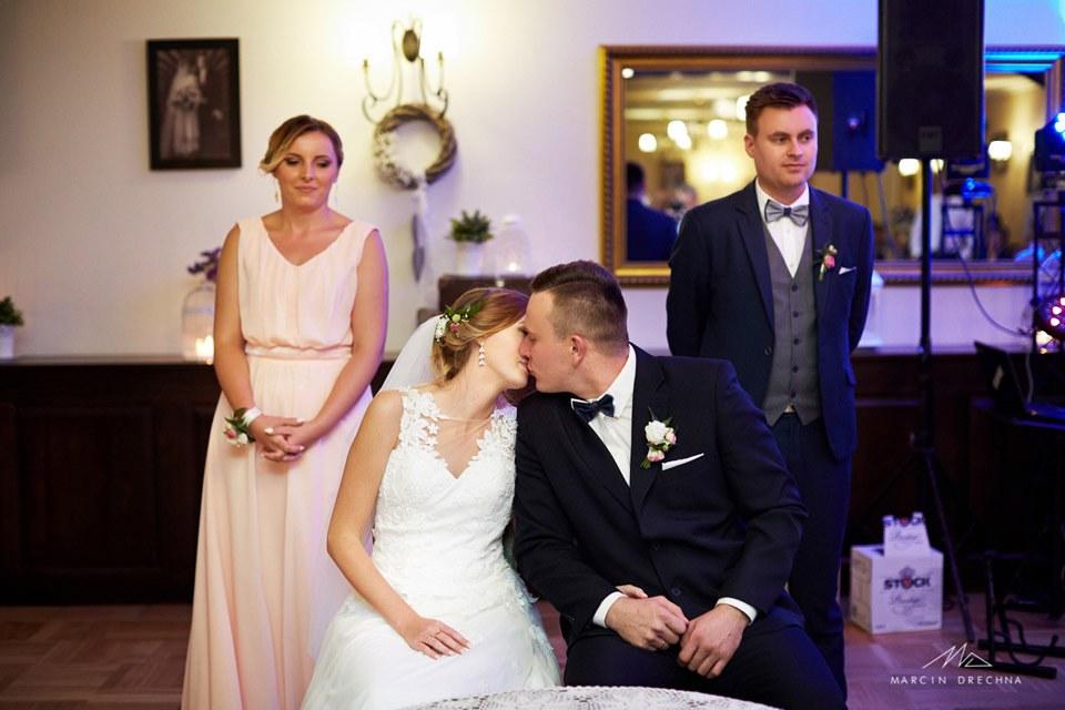 zdjęcia ślubne dworek pod dębami meszcze
