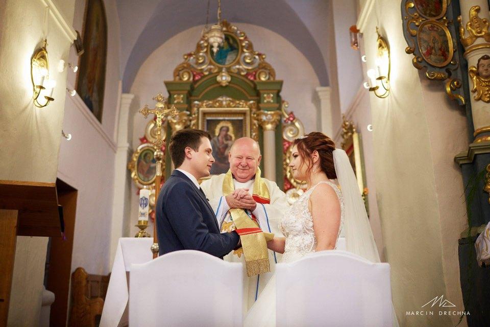 kościół Siedlątków zdjęcia ślubne