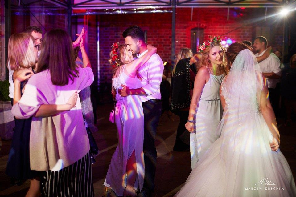 uniejów fotograf ślubny