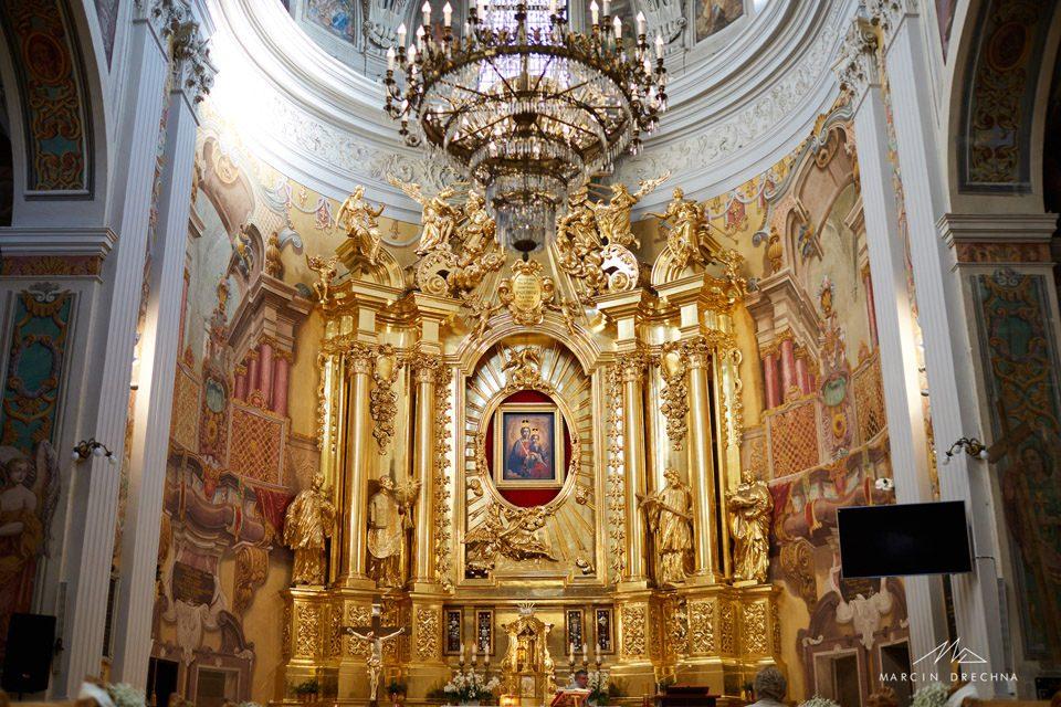 kościół jezuitów piotrków ślub