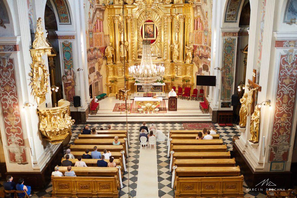 dekoracja kościoła piotrków
