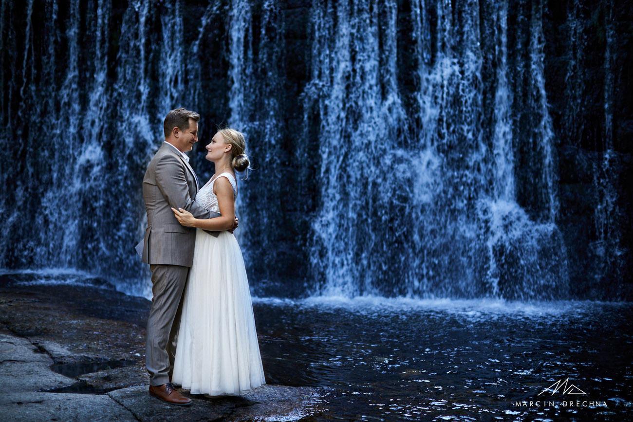zdjęcia ślubne karpacz dziki wodospad