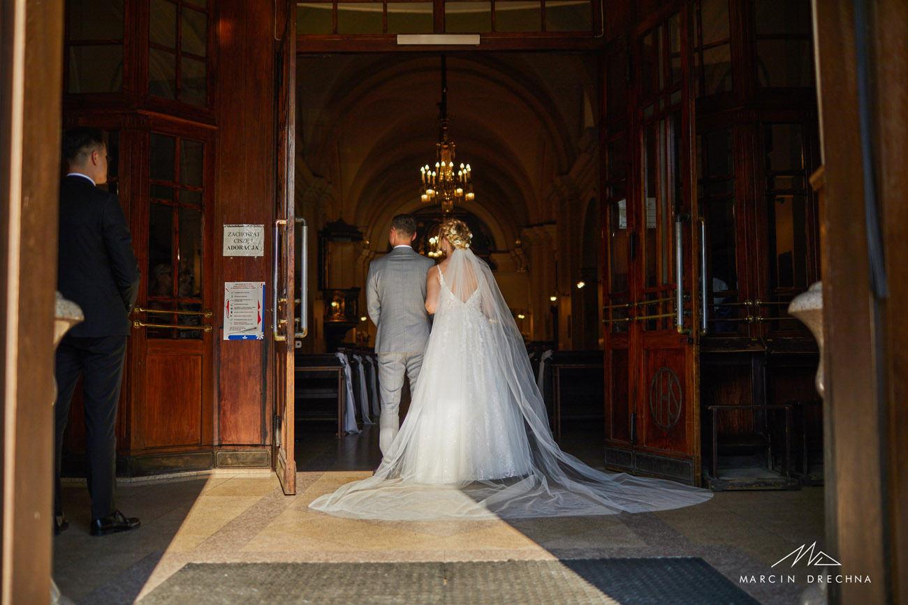 suknia ślubna tomaszów mazowiecki