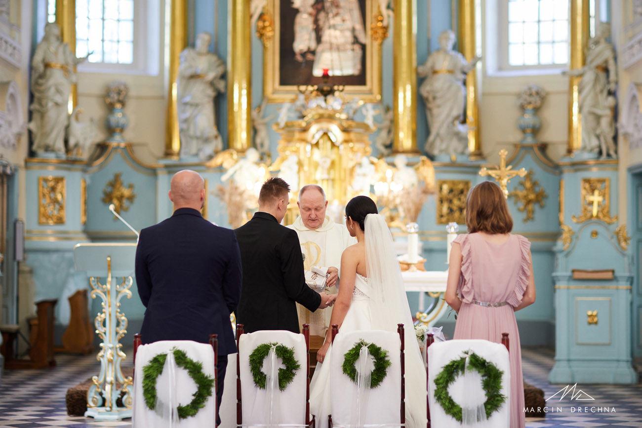 ślub w kościele w witowie